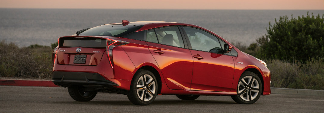 How efficient is the 2020 Toyota Prius?