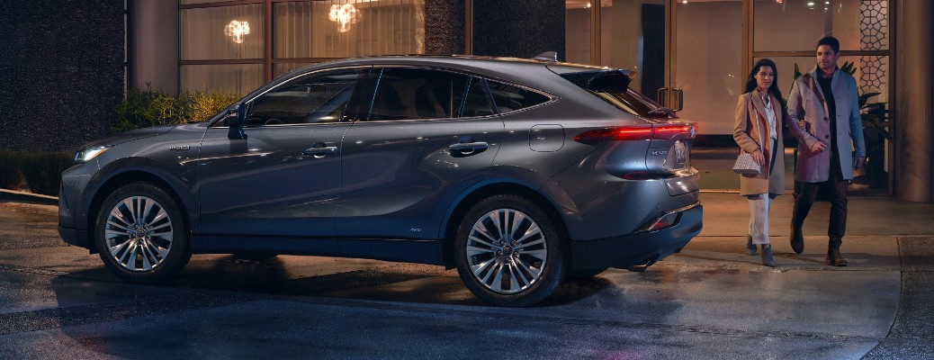 Toyota Debuts the All-New 2021 Venza Crossover Model