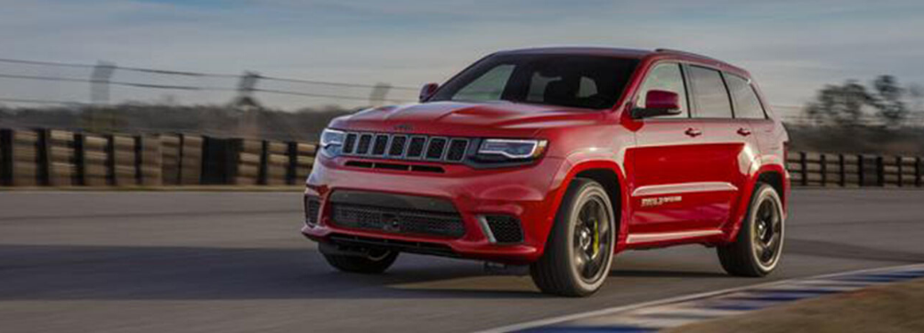 2020 Jeep Grand Cherokee parked outside
