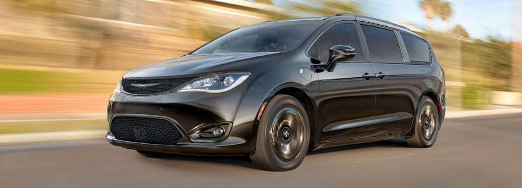 2020 Chrysler Pacifica Driving on the road
