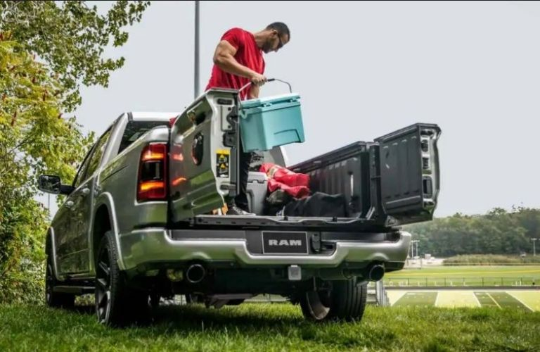 2021 RAM 1500 truck bed view