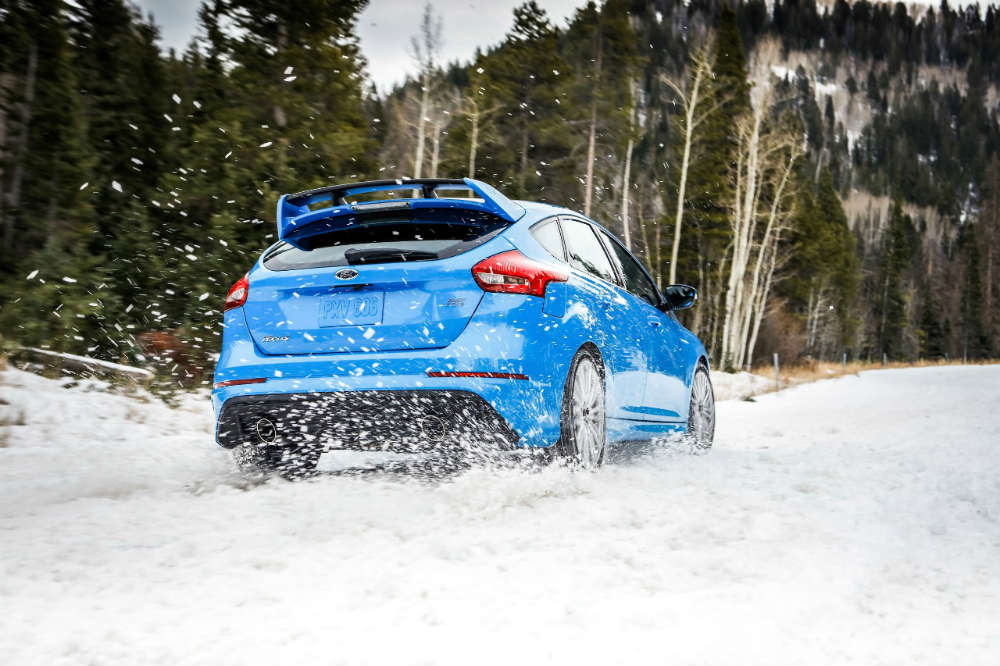 2016 Ford Focus RS from the rear in snow