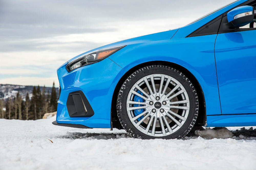 Wheel-view of the 2016 Ford Focus RS Winter Wheel and Tire Package