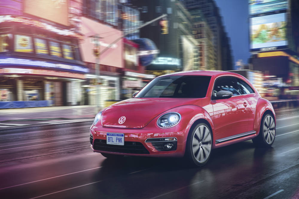 Special Limited Edition 2017 Volkswagen Pink Beetle in the city