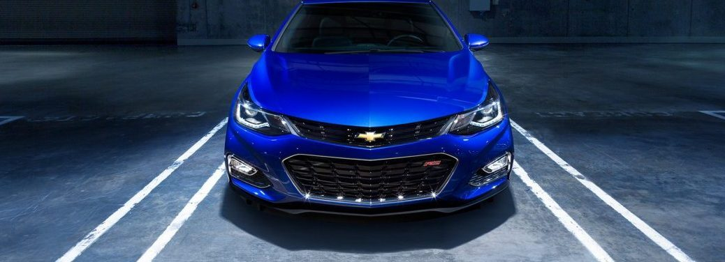 2018 Chevy Cruze exterior front in Kinetic Blue