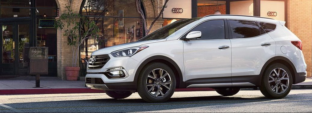 2018 Hyundai Santa Fe in white