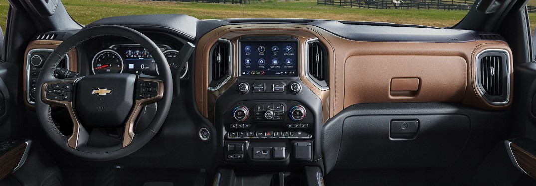 How to Use the Chevrolet Infotainment 3 System in the Chevy Silverado