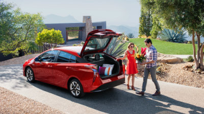 2017 Toyota Prius fuel efficiency and engine specifications