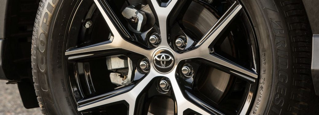 2018 toyota rav4 tire shown on road in lexington ma with good tire pressure_o