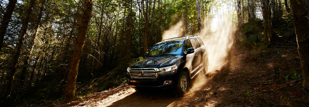 2018 Toyota Land Cruiser Technology Features