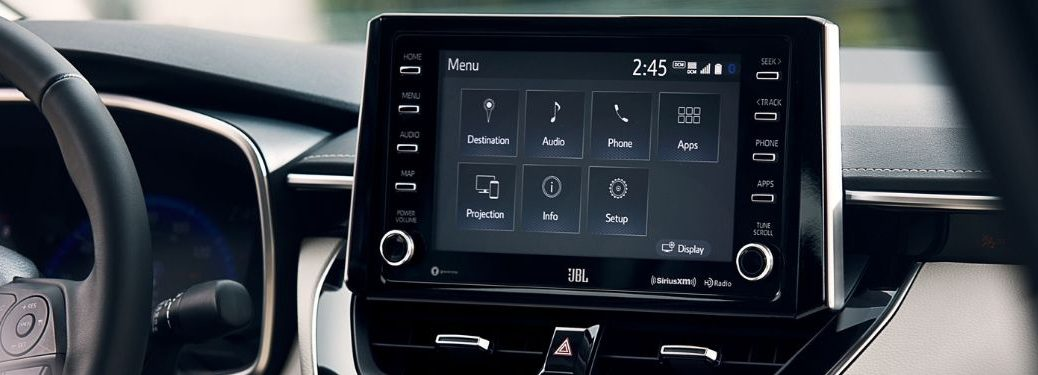 center-console-display-shown-in-2020-Toyota-Corolla-XLE