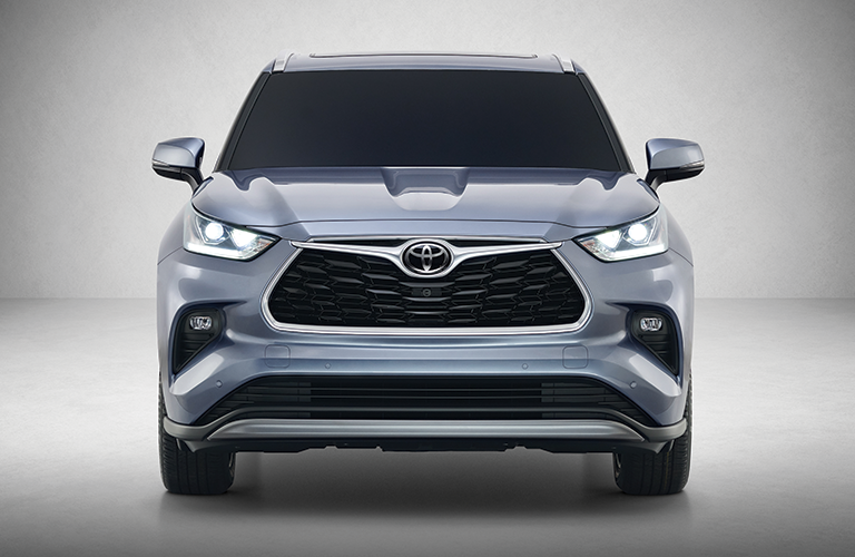 front view of the 2020 Toyota Highlander