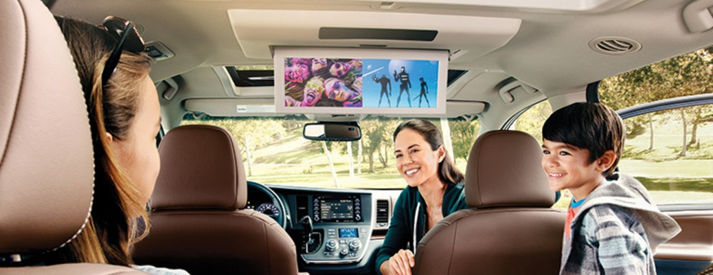 2020 Toyota Sienna entertainment system