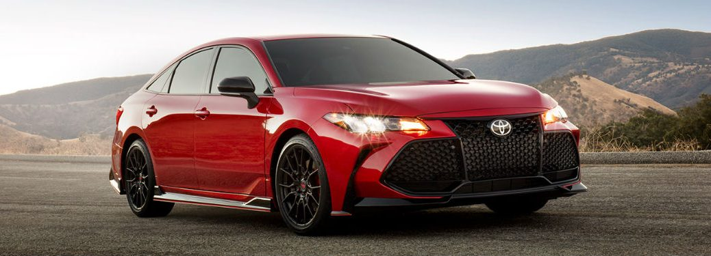 2020 Toyota Avalon red exterior front fascia passenger side