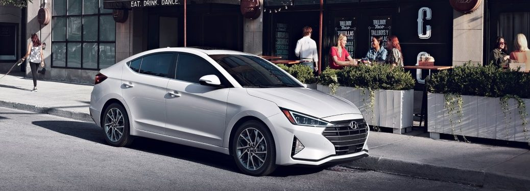 2020 Hyundai Elantra parked in front of restaurant