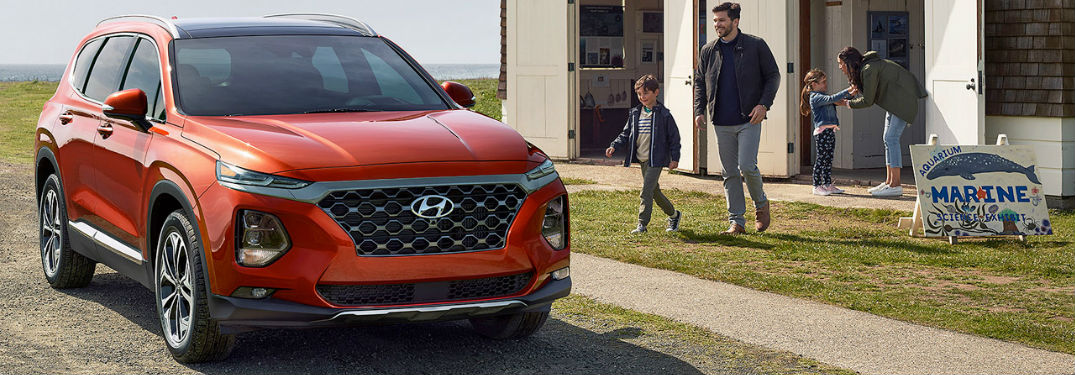 Long list of technology and comfort features available in the 2020 Hyundai Santa Fe crossover SUV