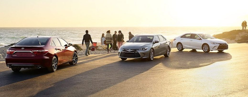 2017 toyota camry hybrid color options