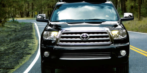 Exterior view of the front Grille of 2017 Toyota Sequoia