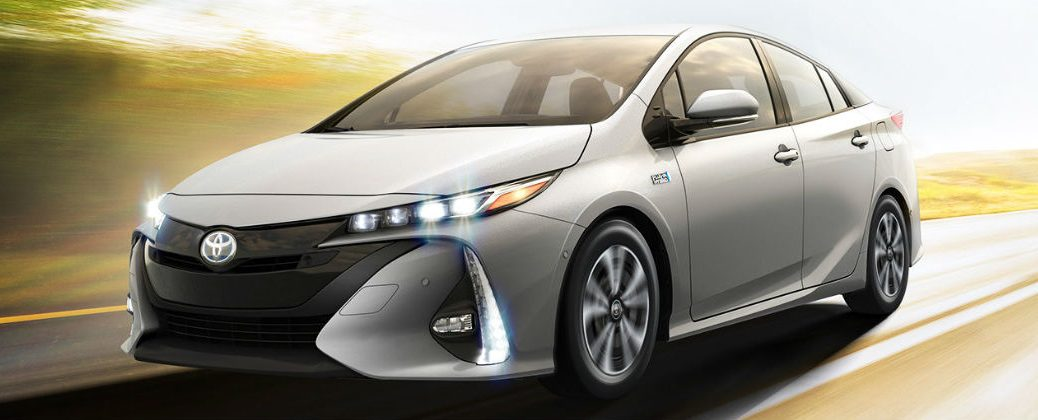 2017 Toyota Prius Prime Technology and Features
