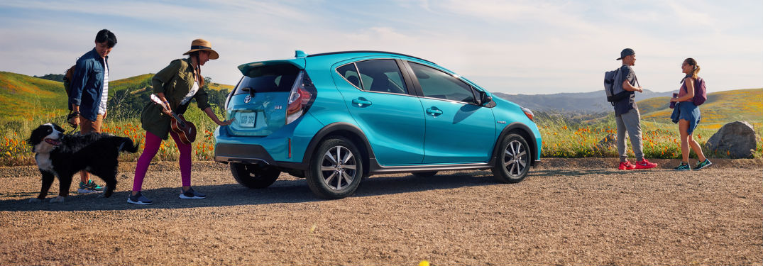 What are the Cargo & Passenger Capacities of the 2018 Toyota Prius c?