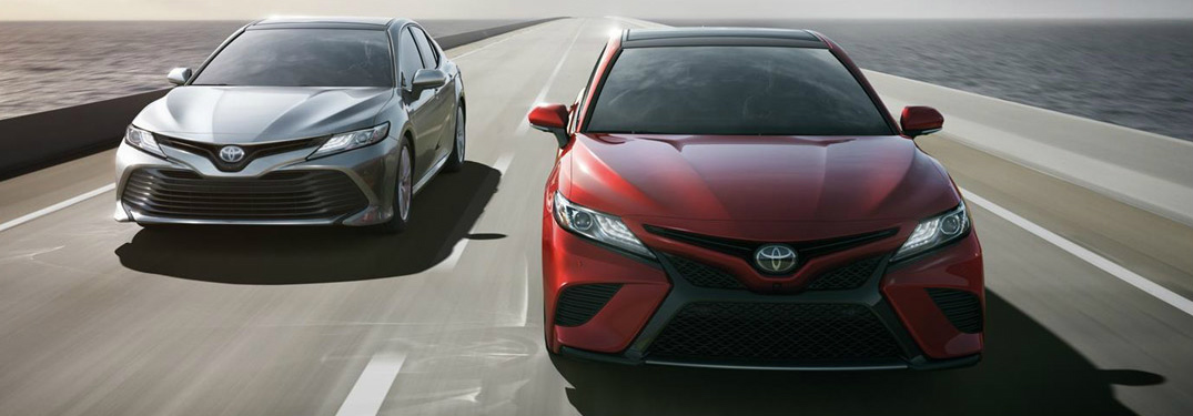 Let's Compare the 2018 Toyota Camry and Camry Hybrid!