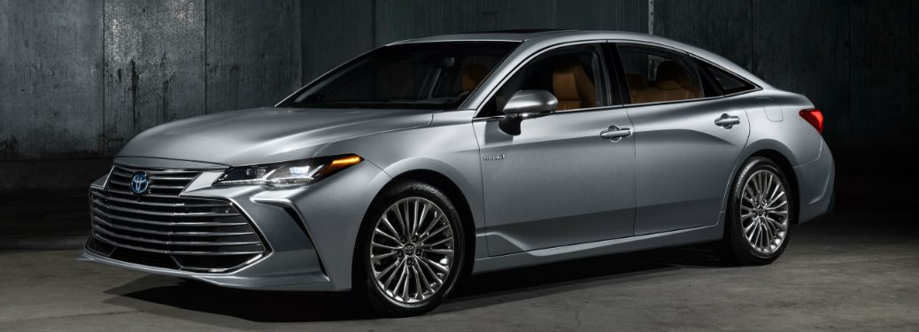 front and side view of silver 2019 toyota avalon