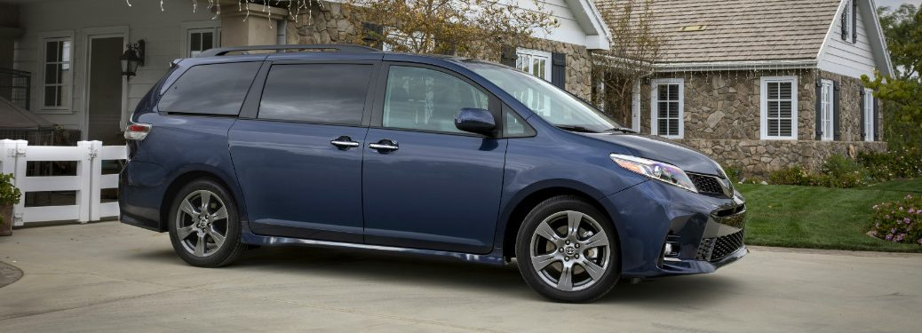 side view of blue 2019 toyota sienna