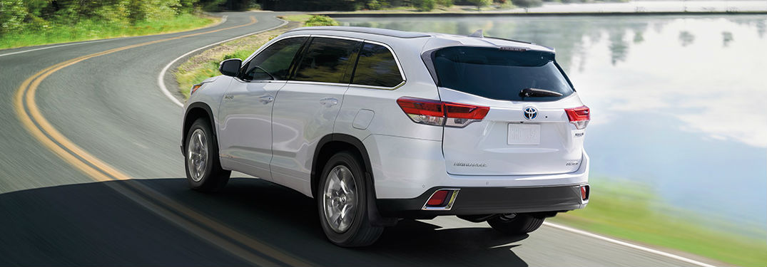 Toyota Highlander shows of its versatility, capability and stylish looks in 6 Instagram photos