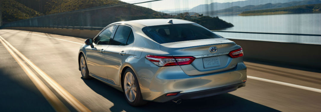 2020 Toyota Camry offers two powerful yet fuel-efficient engine options to choose from