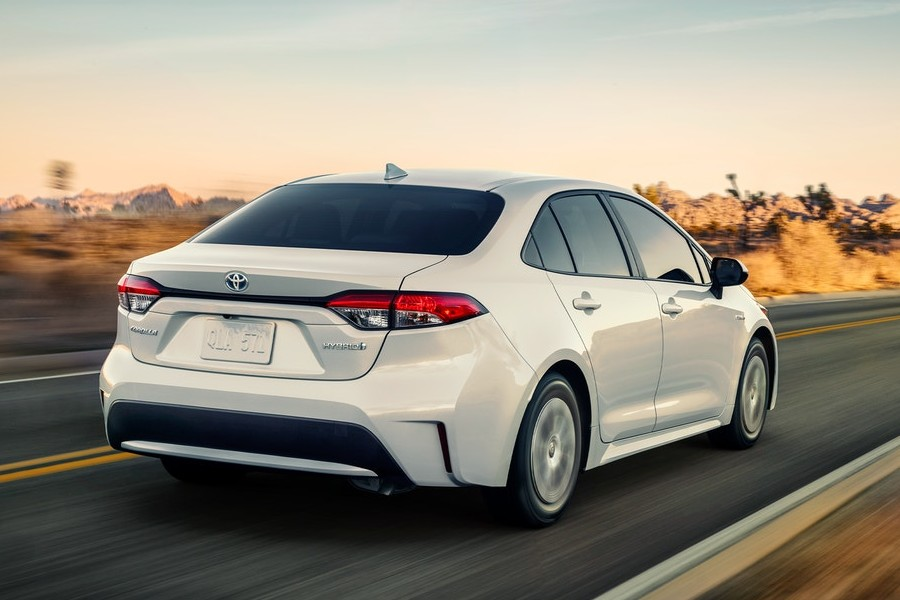 2021 Toyota Corolla Hybrid LE from exterior rear
