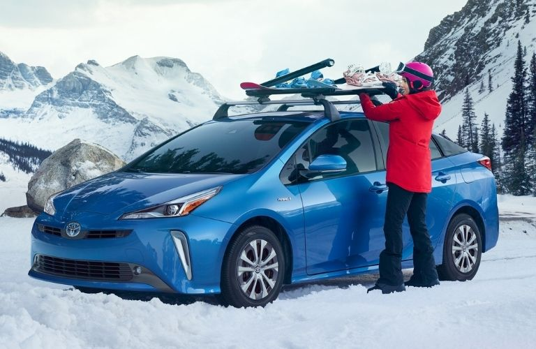 2021 Toyota Prius and snowboarder