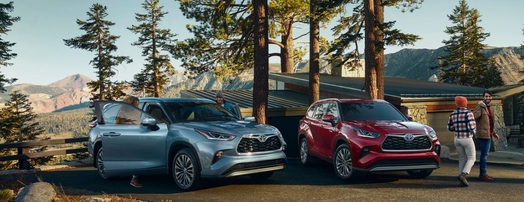 Two 2021 Toyota Highlander parked