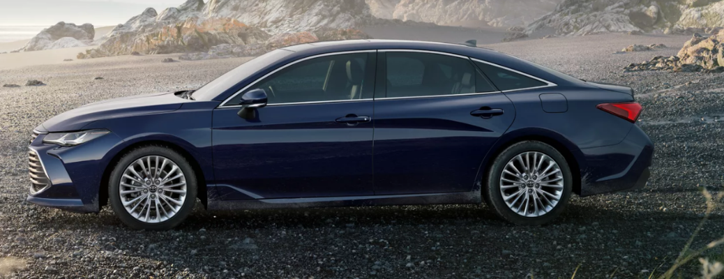 Video: 2022 Toyota Avalon Overview
