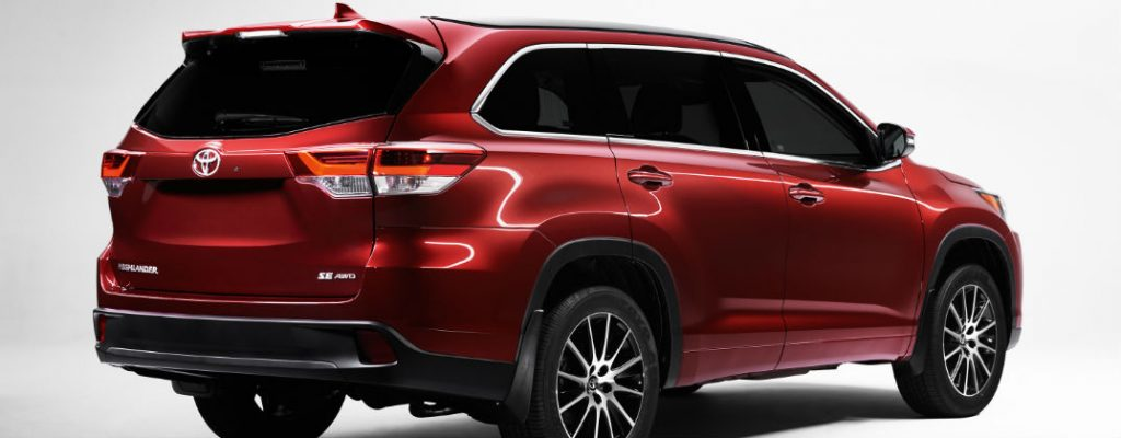 Official 2017 Toyota Highlander Release Date and Design at Downeast Toyota-Bangor ME-Salsa Red Pearl 2017 Toyota Highlander Rear Exterior