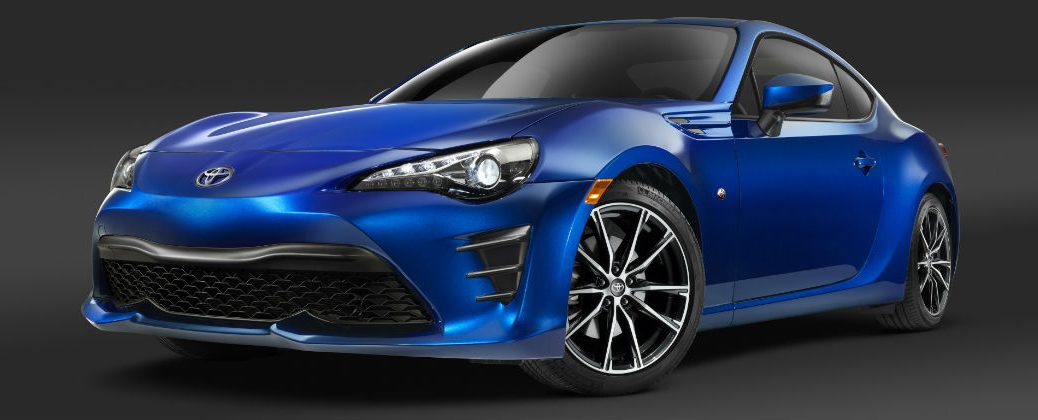 Blue 2017 Toyota 86 Front End Design