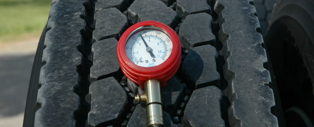 Tire with a Tire Pressure Gauge on Top