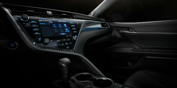 Close Up of 2018 Toyota Camry Toyota Entune 3.0 Touchscreen Display