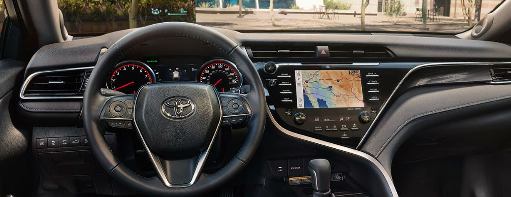 2018 Toyota Camry Steering Wheel and Dashboard with 10-inch Color Head-Up Display