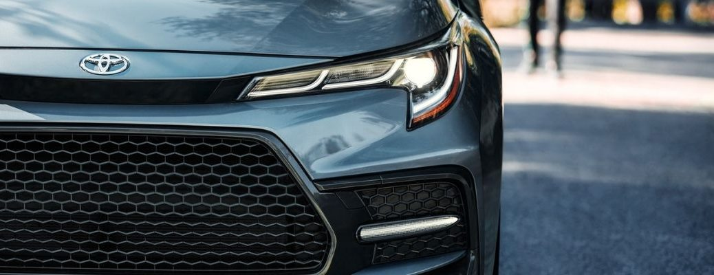 Close Up of 2020 Toyota Corolla Grille and Hood Emblem