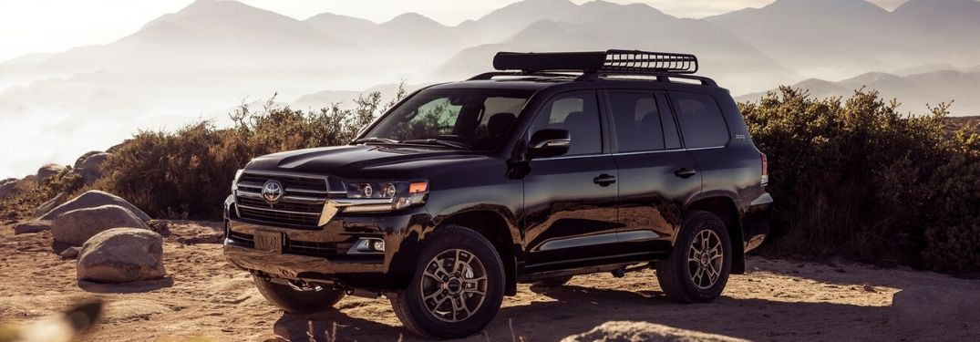 What Color Options Are Available for the Toyota Land Cruiser?
