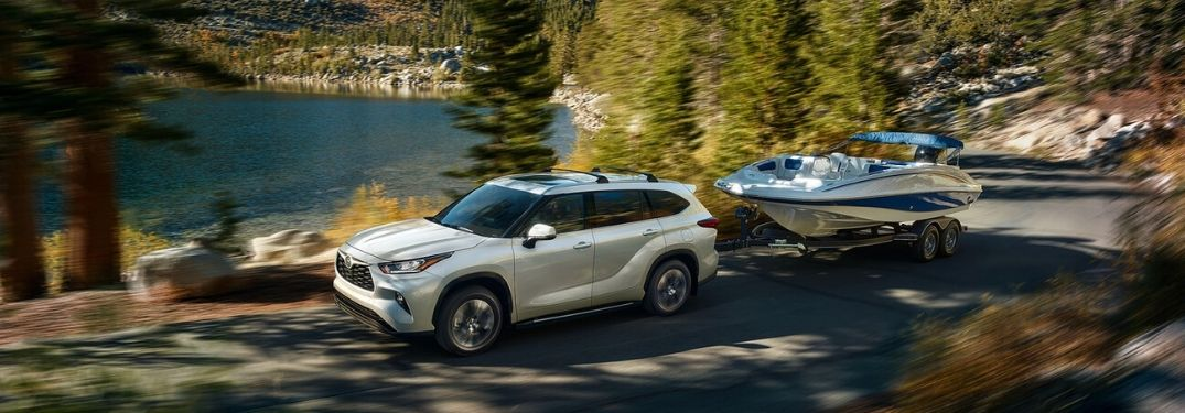 What Are the 2020 Toyota Highlander Towing and Payload Specs?