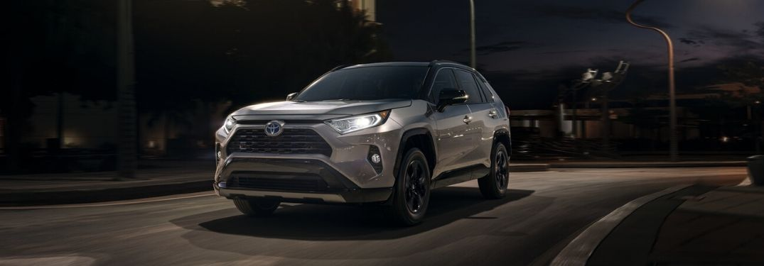 Step-By-Step Instructions To Use Automatic High Beams in Your Toyota