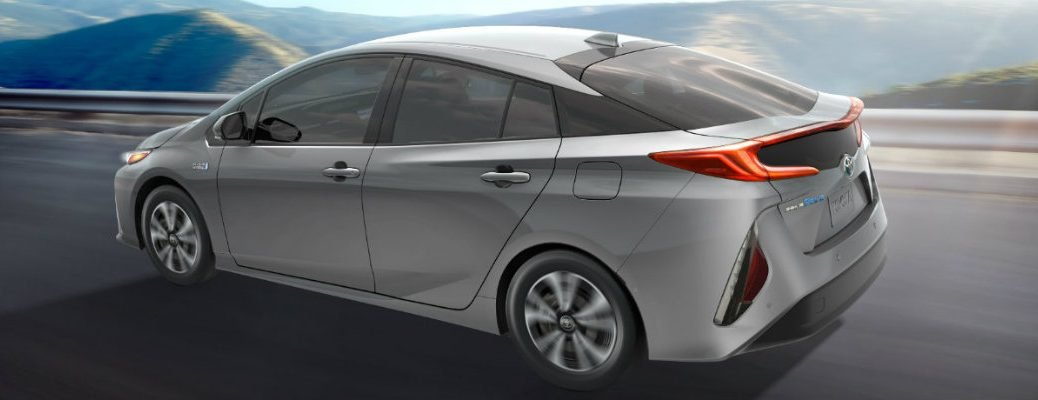 How Far Can the 2017 Toyota Prius Prime Go