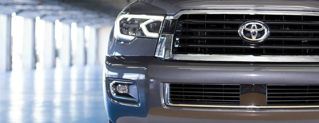 When is the release date of the 2018 Toyota Sequoia TRD Sport? Grille