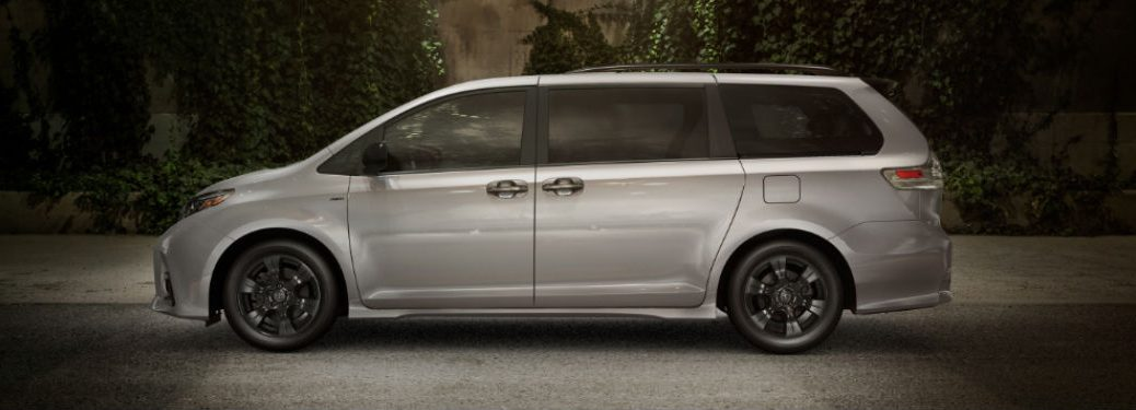 2020 Toyota Sienna sideview in gray
