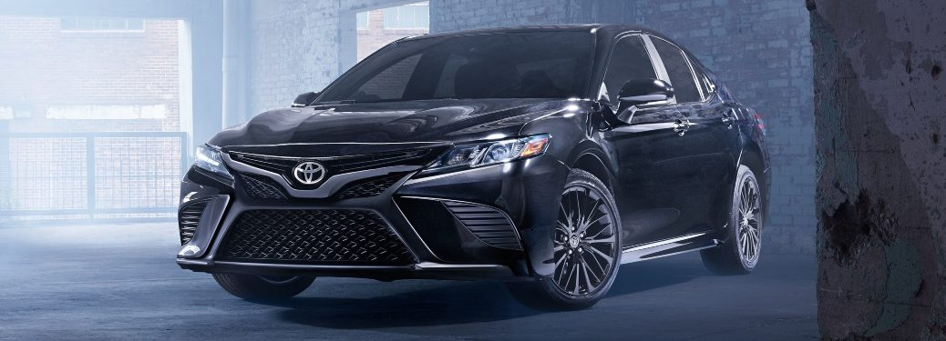 2019 Toyota Camry black front view