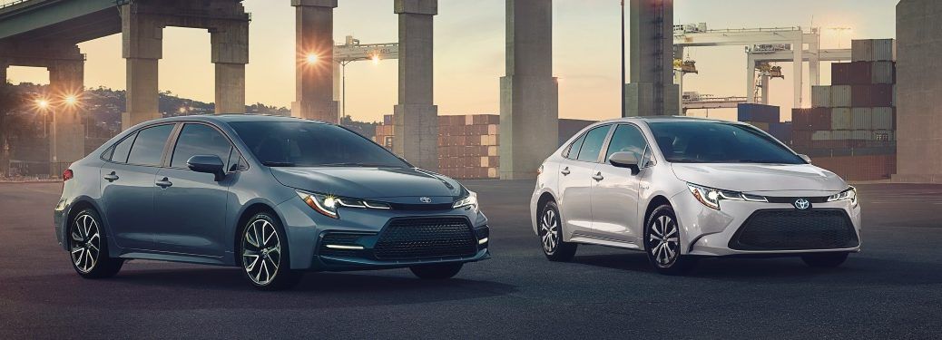 2020 Toyota Corolla blue and white side by side