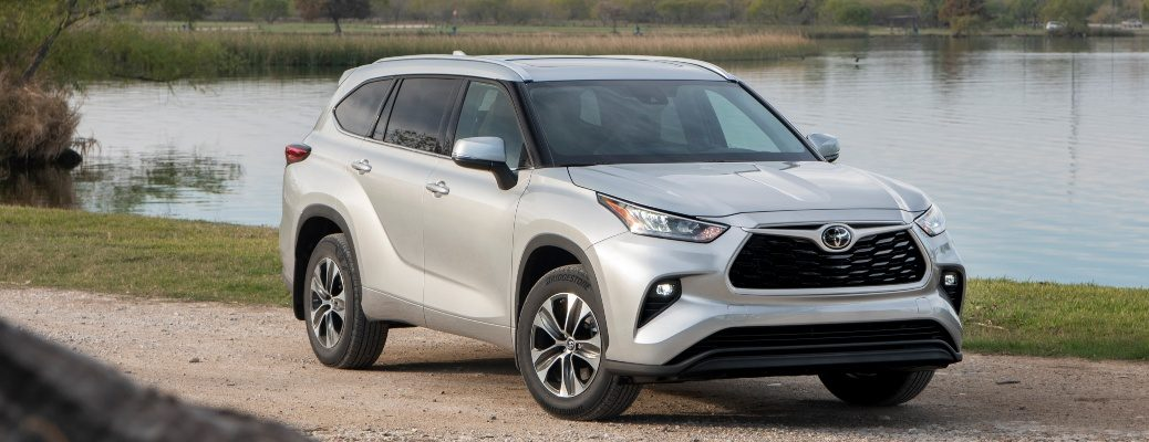 2020 Toyota Highlander in silver front side view