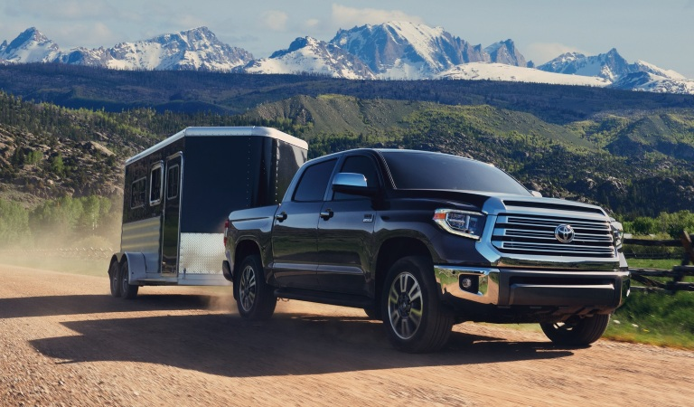 2020 Toyota Tundra black towing a trailer