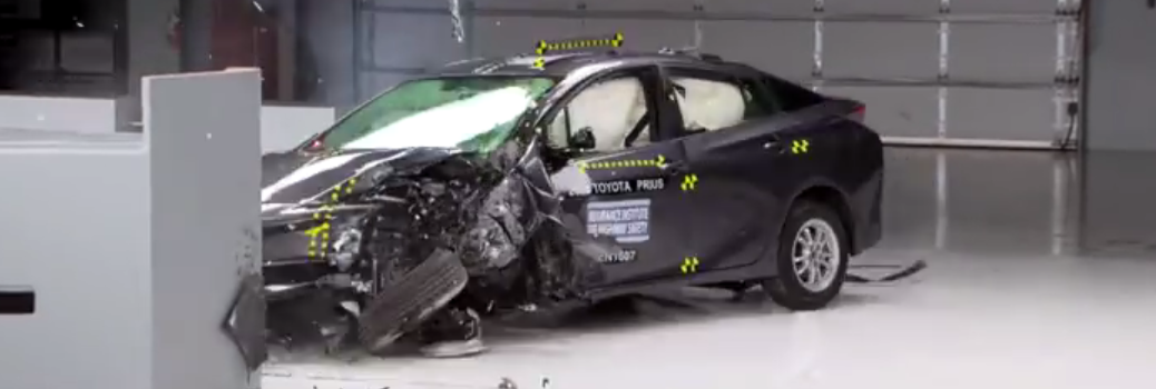 IIHS Crash Test on the 2016 Toyota Prius